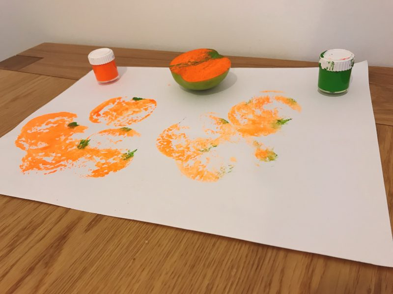 Halloween Crafts: Pumpkin Stamping